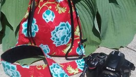 Capturing Couture Camera Tote And Camera Strap- What I Say About Stuff