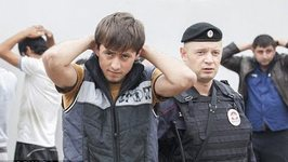 EXCLUSIVE: How Russian Police Hunts For Illegal Immigrants