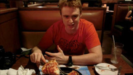 Eating Chicago Deep Dish Pizza At Pizzeria Uno In Yongsan iPark - Seoul, South Korea