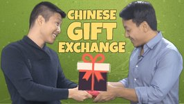 How to Properly Exchange Gifts With a Chinese Person