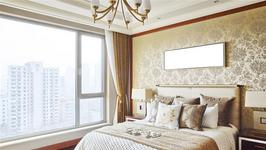 Tips for a Glamour Inspired Bedroom