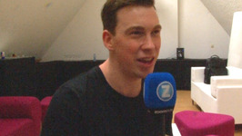 World's No. 1 DJ Hardwell talks love for Tomorrowland