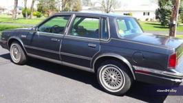 86 Oldsmobile Once Owned by Hillary Clinton Sold for 60k