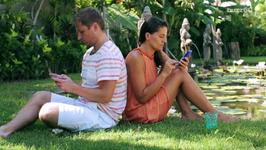 Women Are Checking Out Their Smartphones More Than Their Partner