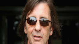 AC-DC Drummer Phil Rudd Charged in Murder Plot