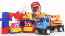 Car Clown - Love Trucks Arch Smash - Funny Videos For Kids