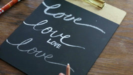 How to Write on a Chalkboard The 3 Best Chalk Writing Tools