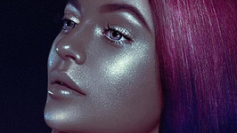 Kylie Jenner defends controversial 'blackface' shoot