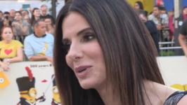 Sandra Bullock Donates To Charity with Minions Style
