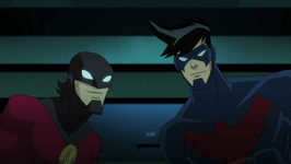 Nightwing and Red Robin vs Silverback