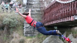 Kawarau Bridge Bungy Jump, Queenstown - Living a Kiwi Life - Ep. 15