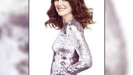Julianne Moore finds women fabulous