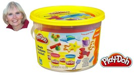 Play-Doh Beach Creations Mini Bucket