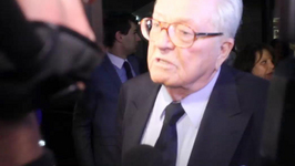 Jean-Marie Le Penn Stands Ground on Ebola Comments