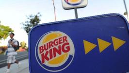 Woman Accidentally Receives Bag of Cash at Burger King Drive-Thru
