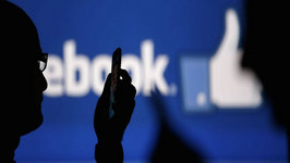 Facebook Must Hand Over Users' Info to Prosecutors