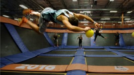 Trampoline Vs Dodgeball Parkour At Sky Zone