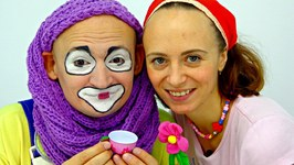 Funny clown videos for kids. Andrew the clown is going on a date