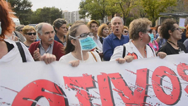 Madrid Nurses Protest over Handling of Ebola Crisis
