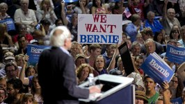 Can Bernie Sanders Beat the Clinton Money Machine?