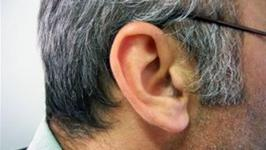 How To Treat Clogged Ears