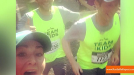 Brooklyn Marathon Participant Takes Selfies With Hipsters While Running