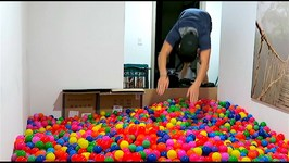 INDOOR BALL PIT DIVING