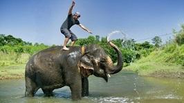 Nepal - Adventures Of Teamsupertramp In 4K - Fortunetraveller
