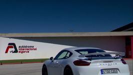 Porsche Cayman GT4 Exterior in Carrara White Metallic