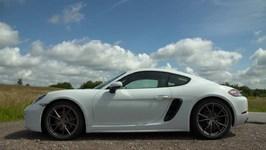 Porsche 718 Cayman Carrera White Design