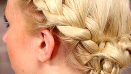 How To Do An Easy Updo For Short Hair