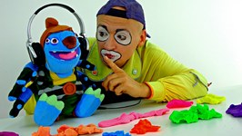 Funny clown videos for kids. Andrew the clown looks for a ring- NEW