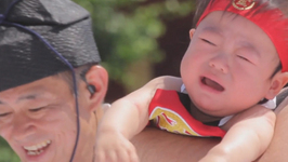 Sumo Wrestlers make Babies Cry at Bizarre Festival