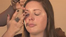 How To Apply Eye Makeup Primer