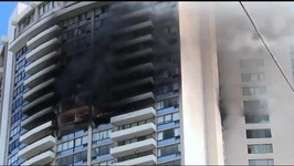 At least 3 dead in Honolulu apartment building fire