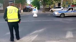 Robot Escapes From Russian Lab, Causes Traffic Jam