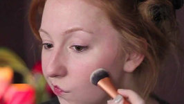 Get Ready With Me: Matte Eyes And Bold Lip