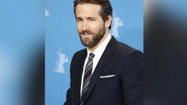 Ryan Reynolds is a Victim of Paparazzo hit-and-run