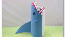 Easy Shark Back to School Pencil Holder or Vase DIY for Shark Week!